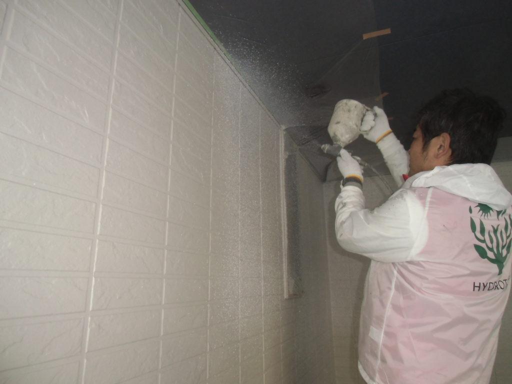 最新の塗料に関する知識のある環境を熟知した地元の業者を選びました。